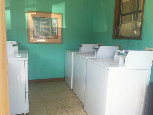Drifters_Reef_Amenities_Laundry_600x450
